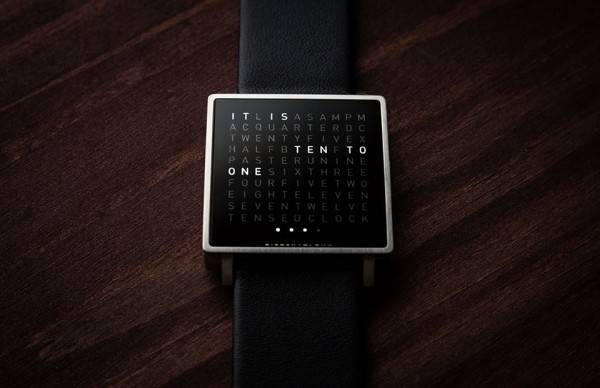 Qlocktwo-W-Watch-4-600x388