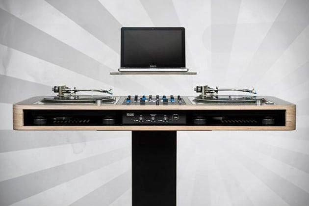 HOERBOARD STEREO T DJ WORKSTATION