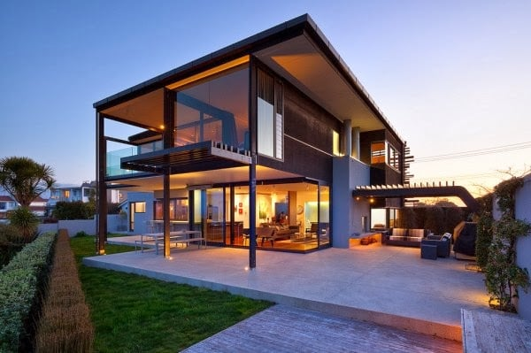 OCEAN VIEW CONTEMPORARY HOUSE