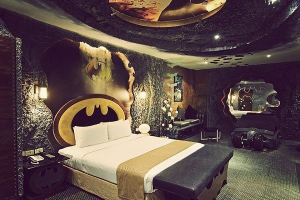BATMAN SUITE | BY EDEN HOTEL
