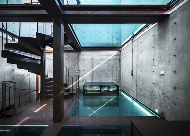 VERTICAL-GLASS-HOUSE-IN-SHANGHAI1