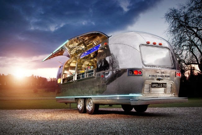 Apollo-70-Airstream-Bar-1