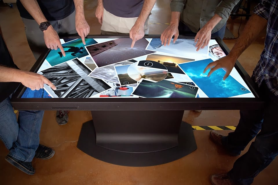 multitouch coffee tables from ideum men 39 s gear