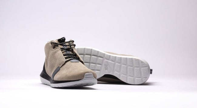 Nike RosheRun NM SneakerBoot Bamboo 1