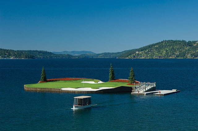 Floating Green Golf Course (3)