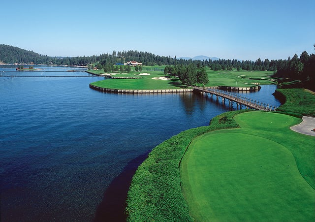 Floating Green Golf Course 6