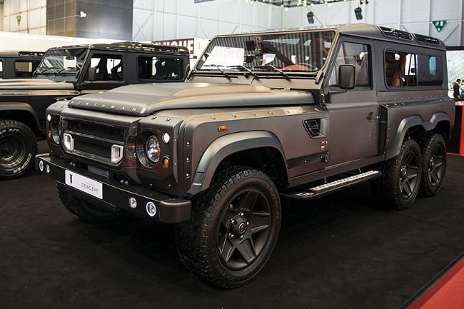 Land Rover Defender Flying Huntsman 6×6 Concept 1