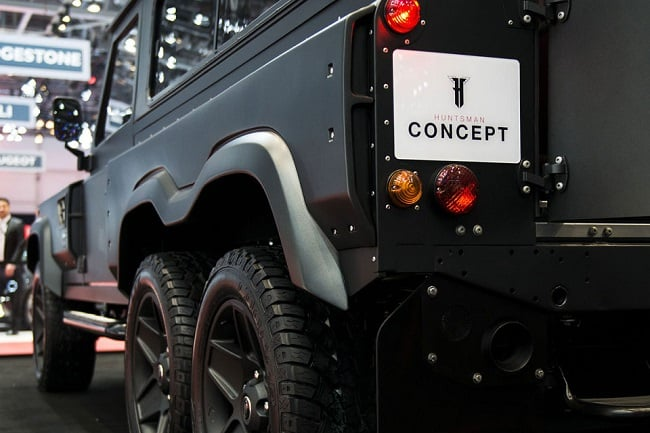Land Rover Defender Flying Huntsman 6×6 Concept 4