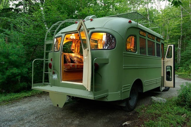 Short Bus Retro by Winkleman Architecture 1