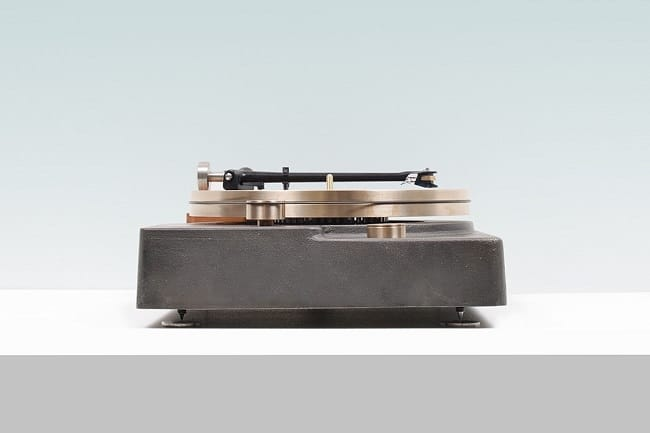 Fern & Roby Turntable 3