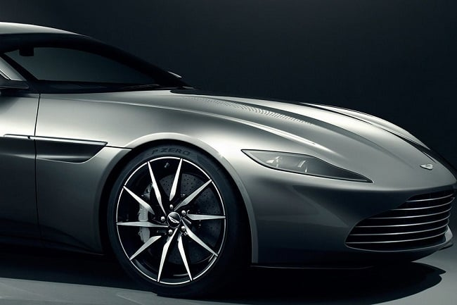 James Bond's Aston Martin DB10 b
