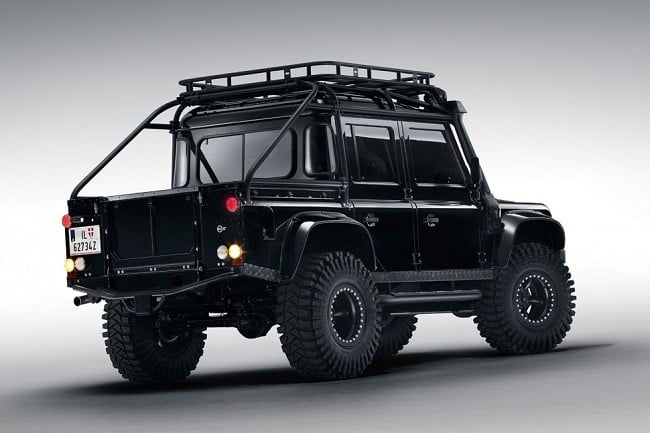 Land Rover Defender Spectre 5