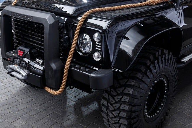Land Rover Defender Spectre 6