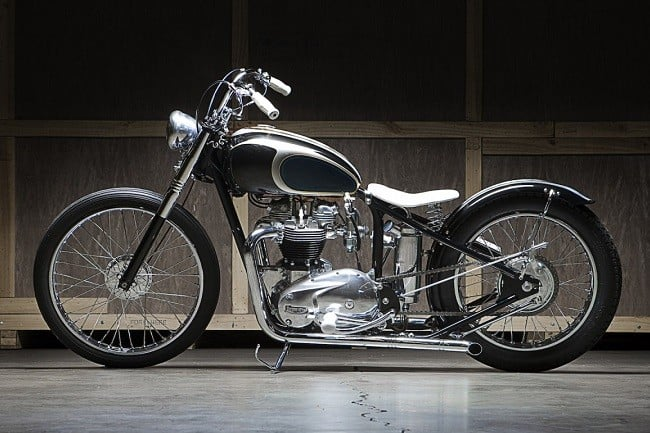 Moon Machine Triumph Bobber 12