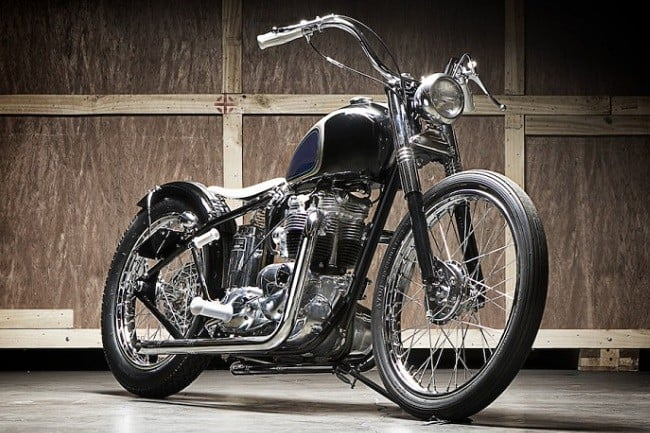 Moon Machine Triumph Bobber 2