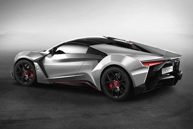 Fenyr SuperSport 2