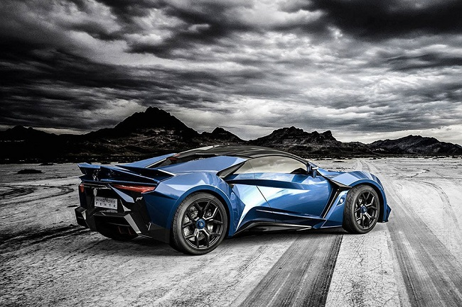 Fenyr SuperSport 8