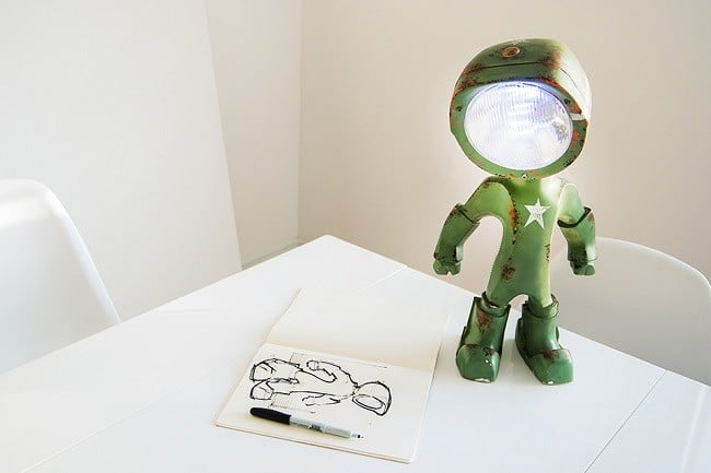 The Lampster Robo Lamp 12