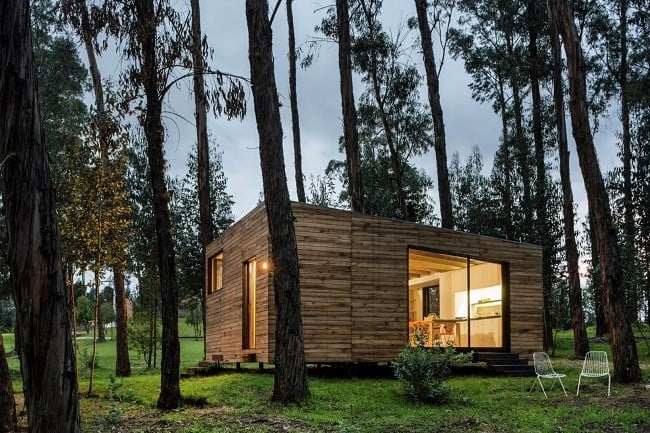 Tiny Green-Roofed Home In Ecuador 1
