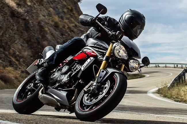 Triumph Speed Triple R and Triple S 9