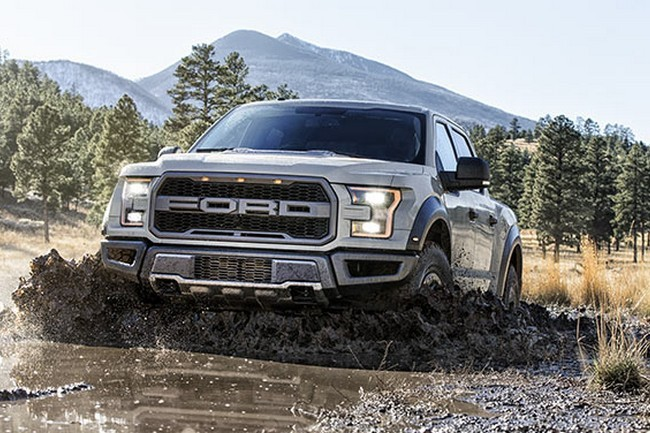 2017 Ford F-150 Raptor SuperCrew 9