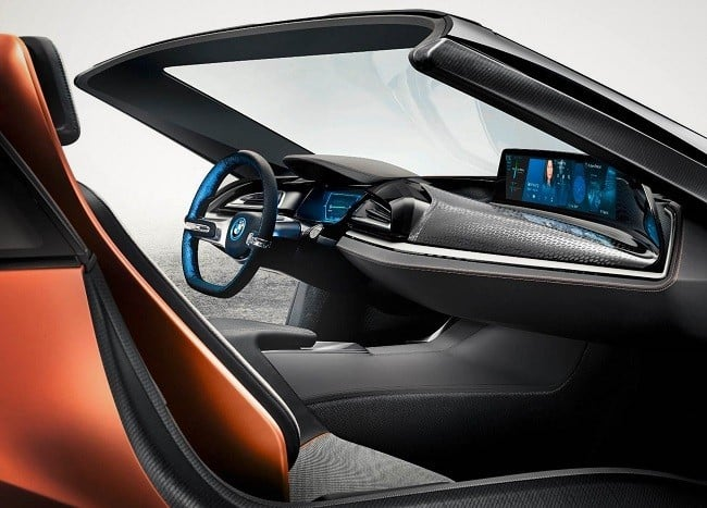 BMW iVision Future Interaction Concept 8