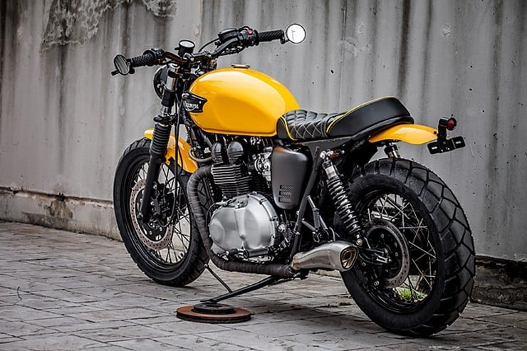 'The Wasp' Triumph Bonneville by Macco Motors 2