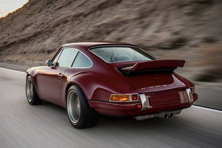 Singer's 'North Carolina' Porsche 911 13