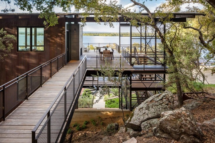 Blue Lake Retreat in Texas 5