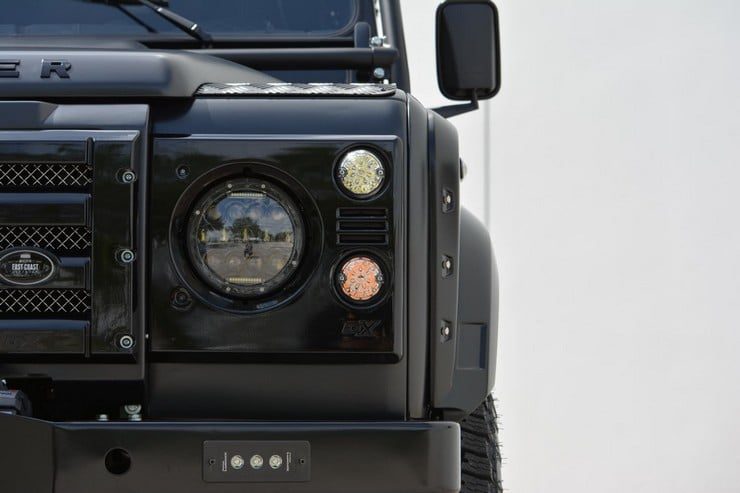 Land Rover Defender Beast 15