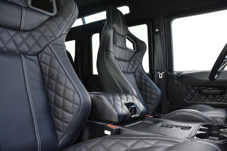 Land Rover Defender Beast 8