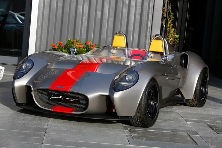 Jannarelly Design-1 Retro Roadster 8