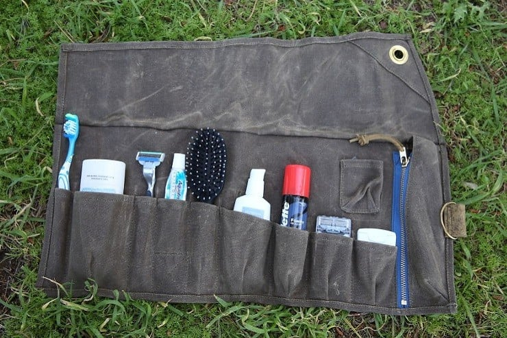 Tashtego Roll-Up Travel Kit
