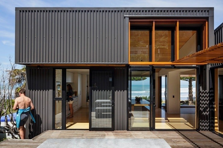 offSET Shed House in New Zealand