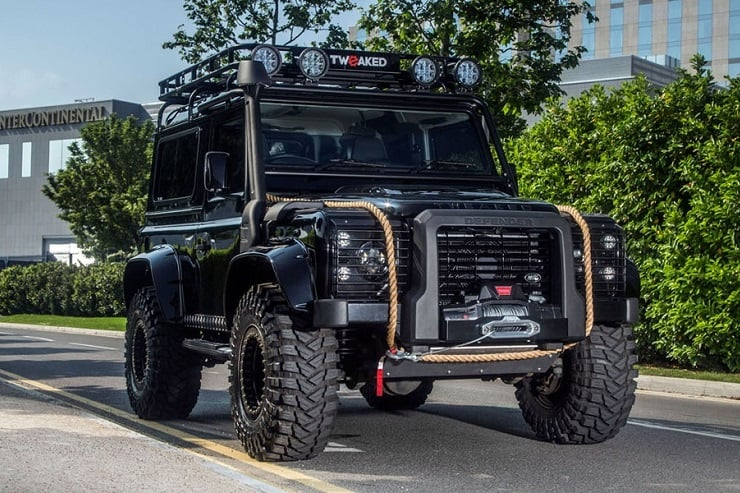 Land Rover Defender 90/110 Tweaked Spectre Edition