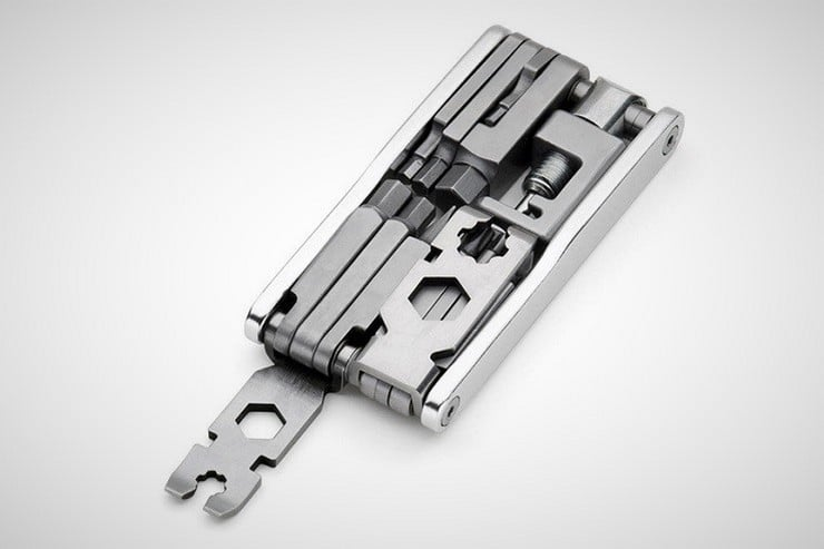 swisstech-20-in-1-bike-multitool-1