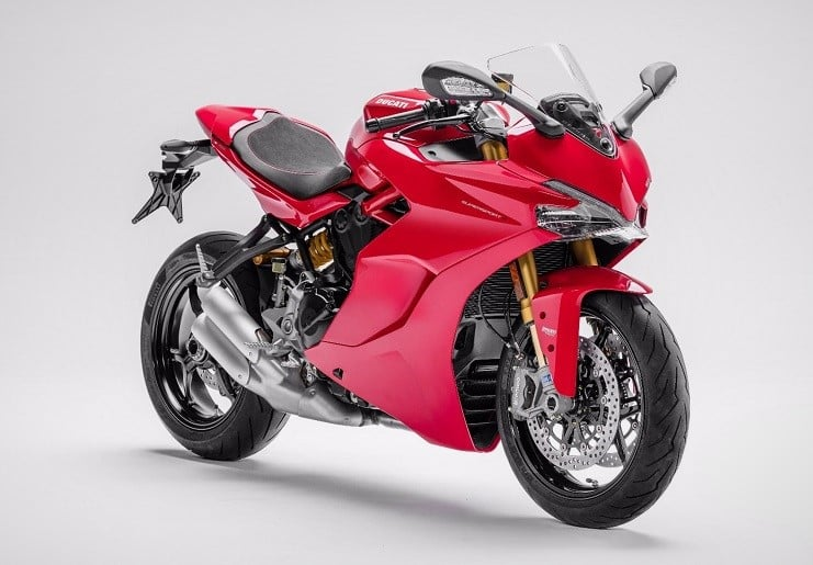 2017-ducati-supersport-3