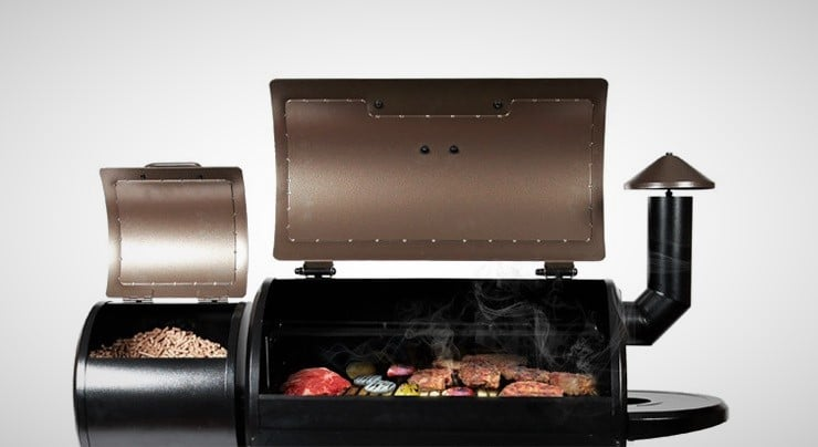 z grill in action - Wood Pellet Grill