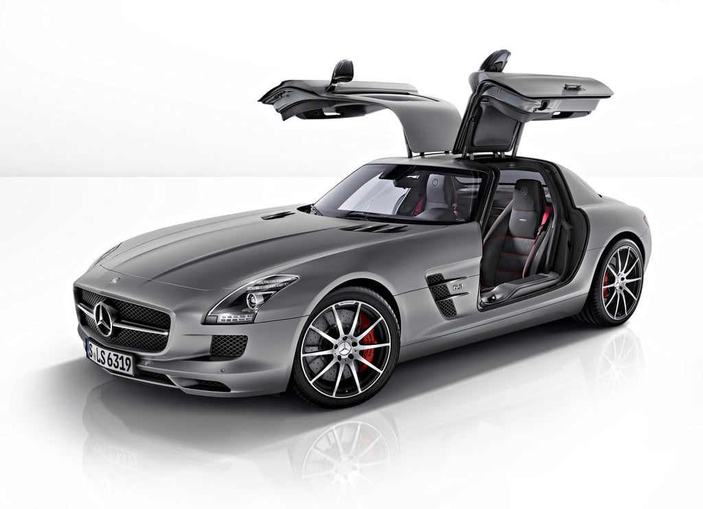 2013 mercedes benz sls amg gt men 39 s gear for Mercedes benz amg jacket