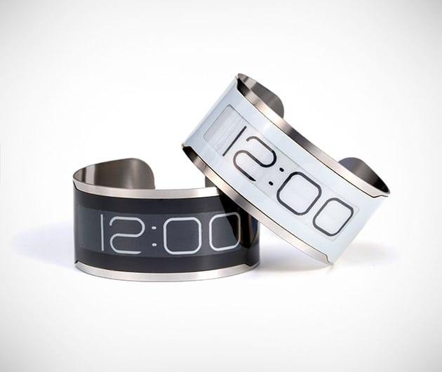 cst 01 watch men 39 s gear. Black Bedroom Furniture Sets. Home Design Ideas