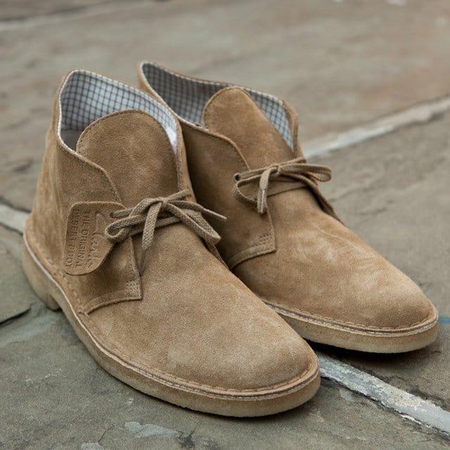 oakwood desert boots by clarks men 39 s gear. Black Bedroom Furniture Sets. Home Design Ideas