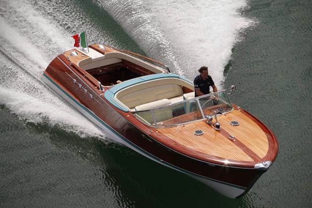Best Buy Private Auction >> RIVA AQUARAMA LAMBORGHINI SPEEDBOAT | Men's Gear