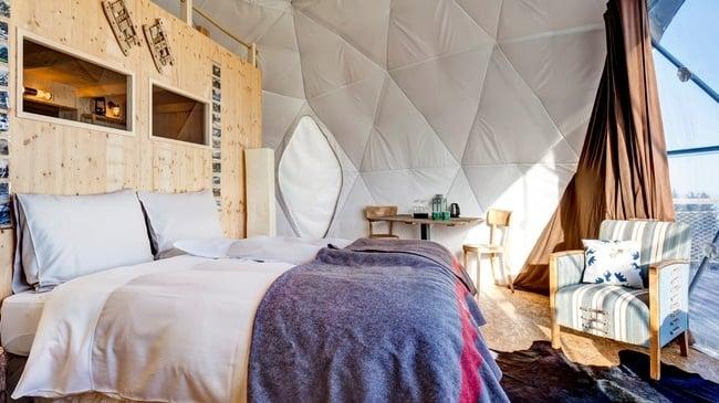 Whitepod Eco-Luxury Hotel 9