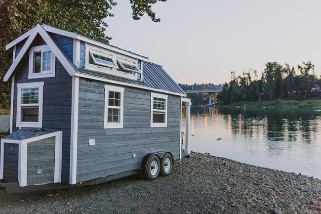 Tiny Heirloom Mobile Houses 1