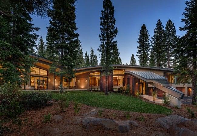 Flight House in California 2 (1)
