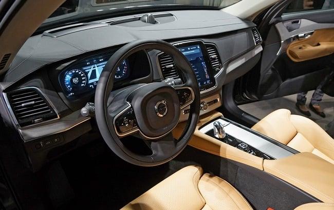 Volvo XC90 T8 8