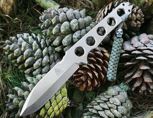 Griffin Skeleton Knife 3