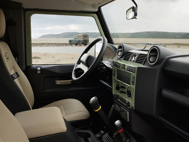 Land Rover Defender Heritage Limited Edition 6