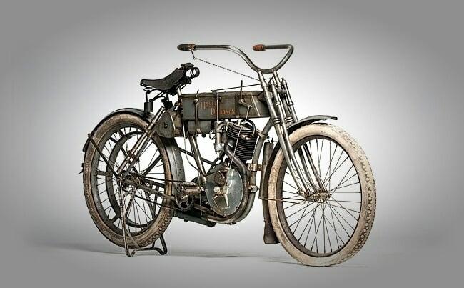 1907 Harley-Davidson Motorcycle 3