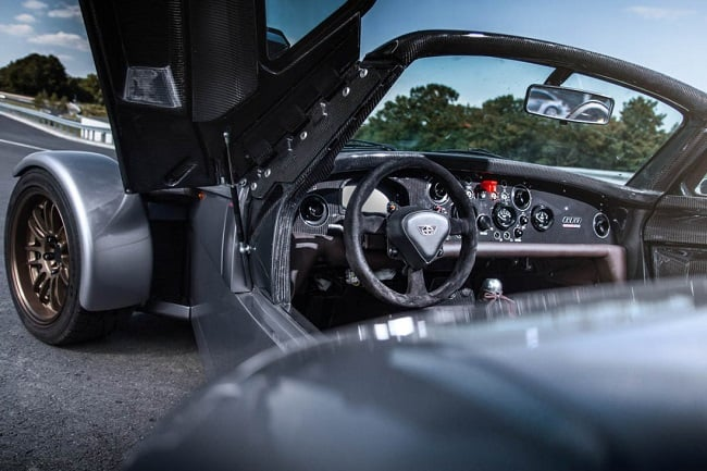 Donkervoort D8 GTO Bare Naked Carbon Edition 7 (2)